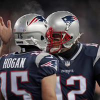 Tom Brady's grotesquely swollen thumb and your Championship Round preview
