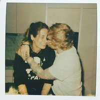 Serial wedding singer Ed Sheeran has gotten engaged to his girlfriend Cherry Seaborn