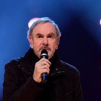 Neil Diamond is retiring from touring after being diagnosed with Parkinson's