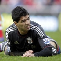 Suarez open to PSG switch