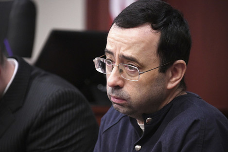 Larry Nassar looks at the gallery in the court during the sixth day of his sentencing hearing.