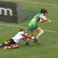 Watch: Irish sevens player shows incredible strength to score try as opponent clings to her jersey