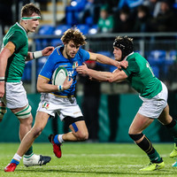 Ireland hang on against 14-man Italy to get Six Nations campaign up and running