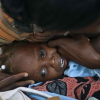 350 dead as cholera outbreak reaches Haitian capital