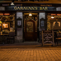 'You're being transported back': The Galway pub where the barman knew Samuel Beckett