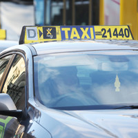 Taxi drivers threaten protest over proposed College Green plaza