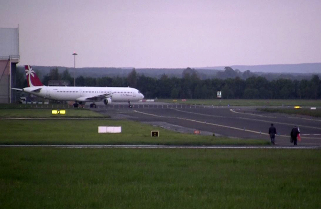 One a day: 330 planes carrying weapons landed in Shannon Airport