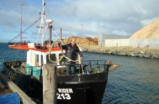 Fishing boat sinks in New Zealand, 8 presumed dead