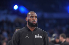 LeBron slams the NCAA and calls for a stronger minor league for young basketball players
