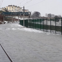 Tidal surge shuts down Dart in Dublin and sparks warnings in Cork