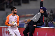 Shakhtar striker apologises for shoving Roma ballboy over advertising hoardings