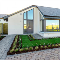 4 of a kind: Spacious bungalows for low-maintenance living