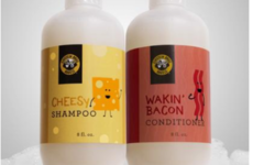 An American bagel company have created a cheese and bacon shampoo set because why not