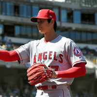 After comparisons to Babe Ruth, Japanese baseball prodigy wins major league pitching debut