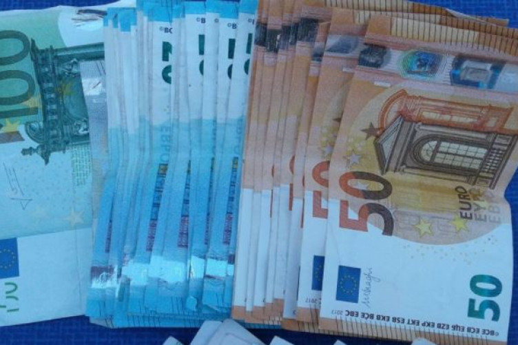 Over €28,000 in cash was seized during the raids