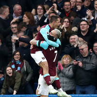 Chicharito's late equaliser leaves Chelsea's top-four bid in tatters