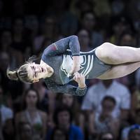 Alice Kinsella, daughter of ex-Ireland midfielder Mark, strikes gymnastics gold for England