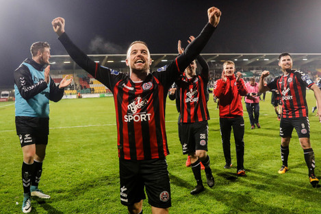 Keith Ward and the Bohs players at the final whistle.