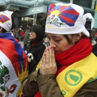 Tibetan exile sets himself on fire at China protest