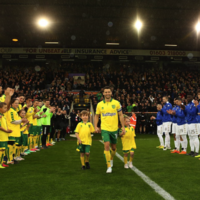 Wes Hoolahan given a guard of honour before final game for Norwich
