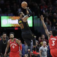 Watch: LeBron James floats in buzzer-beating dagger as Cavs stun Raptors