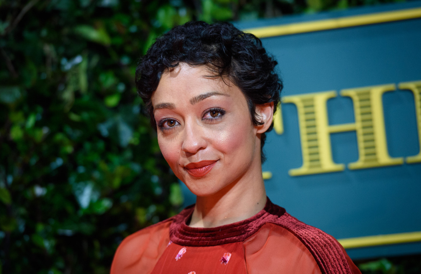 Ruth Negga To Play Hamlet In New Gate Theatre Production Christ Verra C70116g 26 Hitam Will The Title Role Upcoming Which Is Directed By Yal Farber