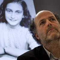 Researchers uncover 'dirty jokes' in Anne Frank's diary