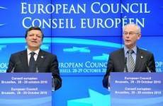 EU leaders back 'limited' treaty change