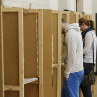 Poll: Do you think employees should be given time off to vote tomorrow?