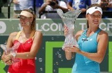 Radwanska stuns Sharapova in Key Biscayne final