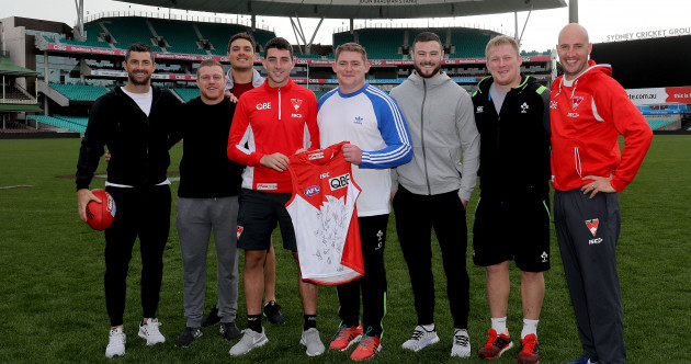 Tadhg Kennelly gives the Ireland rugby squad a tour of life at the Sydney Swans