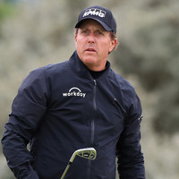 'Embarrassed' Phil Mickelson apologises after US Open controversy