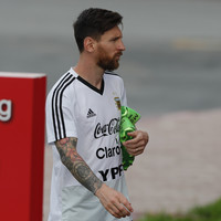 'Don't blame Messi', pleads Argentina boss