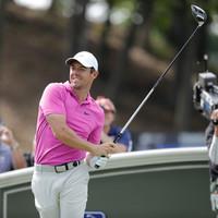 Spieth stumbles, McIlroy in hunt at PGA Travelers