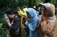 Heavy rain hampering rescue efforts for missing Thai football team trapped in cave