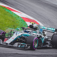 Bottas clocks track record lap to secure pole position in Austria