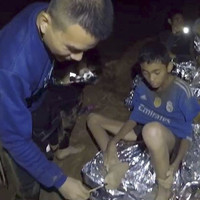 No rescue attempt tonight as Thai boys 'aren't ready' to dive out of cave complex