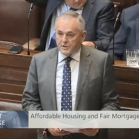 'Say no to vulture funds': Applause breaks out as TD calls for support for new law aimed at keeping people in their homes