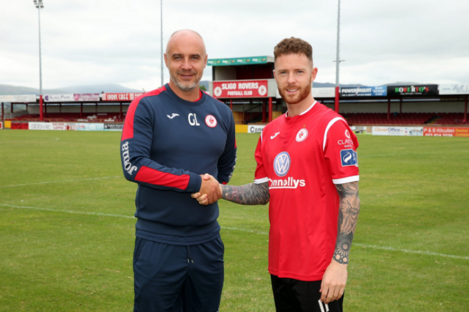 Done deal: Lee Lynch.