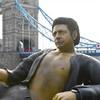 A 25-foot statue of Jeff Goldblum has been erected in London