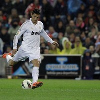 VIDEO: Ronaldo hat-trick stuns Atletico