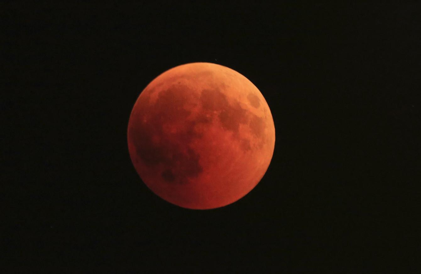 red moon ireland - photo #9