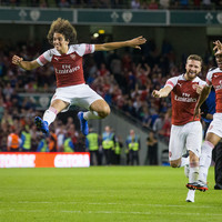 Gunners prevail on penalties as Arsenal and Chelsea entertain 46,000 fans in Dublin