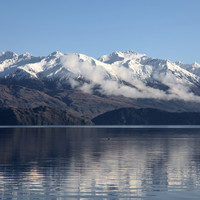'Lucky to be alive': Climber rescued after week trapped on New Zealand mountain