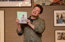 Jamie Oliver blocked Twitter user for joking about a dedication to his kids... it's The Dredge