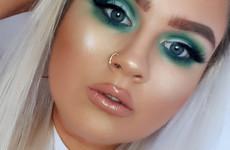 What's in my makeup bag? Steff Kelly (Breaking Beauty)