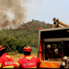 Firefighters and soldiers battle Algarve fires as temperatures hit 45 degrees