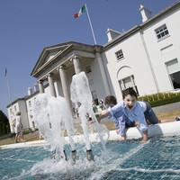 How much is being spent by Áras an Uachtaráin? Fianna Fáil wants to find out