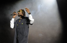 Video: Snoop Dogg raps with Tupac hologram at Coachella