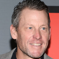 Lance Armstrong jets in to Germany to support troubled Ullrich, 'friend who scared me'